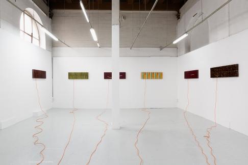 """""""La couleur tombée du ciel"""", 2015. Vue d'accrochage. Série de six caissons lumineux. Photo: Romain Darnaud; courtesy de l'artiste."""