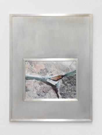 Melissa Boucher, « Sleepy Vampire », 2016 Tirage jet d'encre sur papier baryté, cadre en laiton. 34 x 44 cm